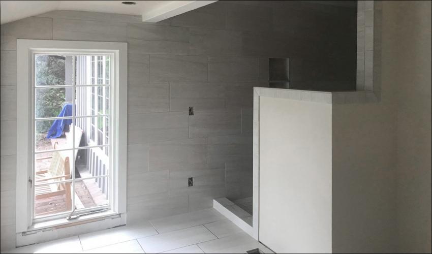 services-Slideshow-Johnson-Construction-Billings-Bathroom-Remodel-Walk-In-Shower-Glass-Door