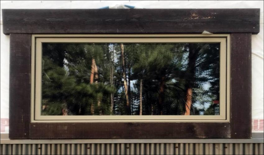 services-Slideshow-Johnson-Construction-Billings-Cabin-Window-Close